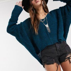 NWOT Free People Moonbeam V-neck Knit Crop Sweater